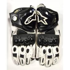 Перчатки Alpine Star GP Pro черно-белые карб 90% кожа