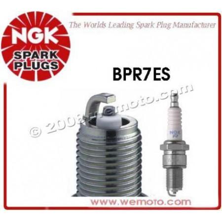 Свеча зажигания NGK BPR7ES